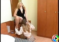 Etta&Maria kinky pantyhose video